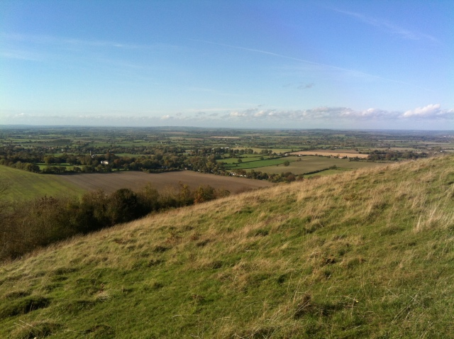 An Exspansive view of the Buckinghamshire and Oxfordshire Countryside is visible, this shot taken from ground zero of the oldest active geocache in England