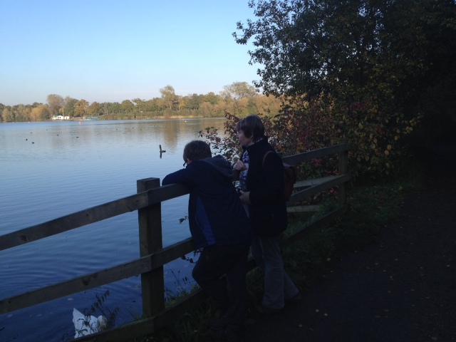 Sam and Nanni Sandra look out over the reservoir